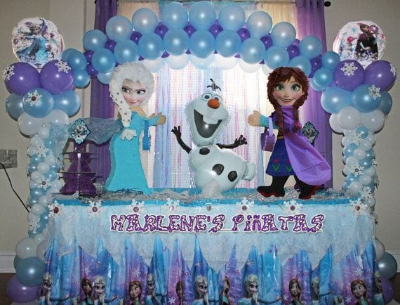Decoracion con globo frozen