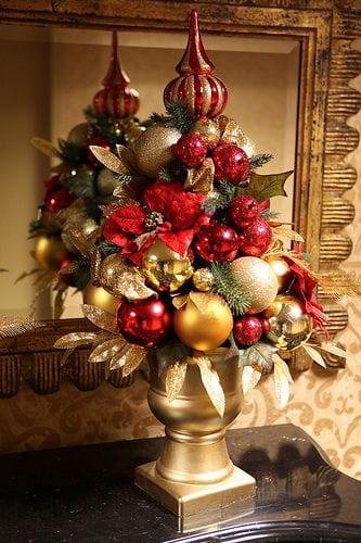 Decoracion de navidad rojo con dorado curso de for Decoracion de aula para navidad