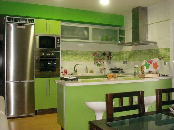 tendencias en cocinas de color verde 2018