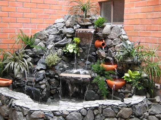 30 ideas para decorar tu jardin con fuentes 6 curso de for Ideas para tu jardin paisajismo