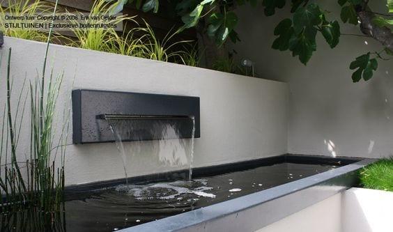 30 ideas para decorar tu jardin con fuentes 9 curso de - Fuentes minimalistas para jardin ...