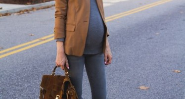 Looks con blazer para embarazadas
