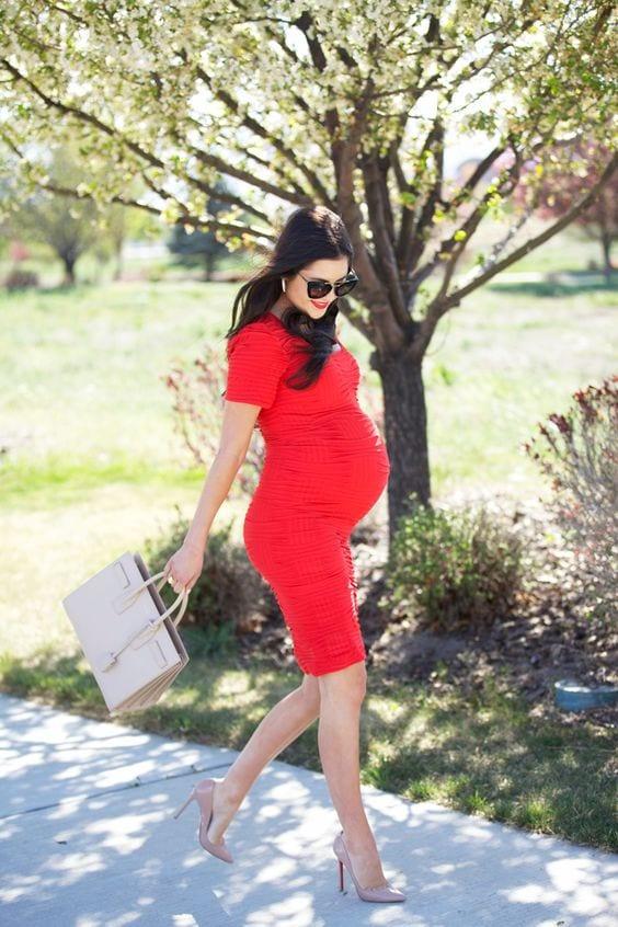 8944a9b26 Ideas de outfit con vestido para embarazadas - Curso de Organizacion del  hogar y Decoracion de Interiores