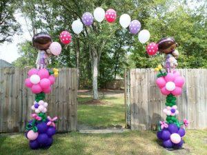 Decoracion con globo para puerta de entrada