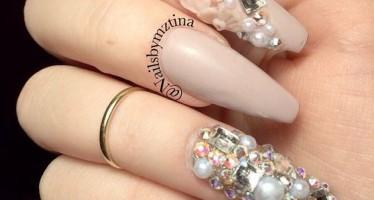 Ideas para decoracion de uñas color beige