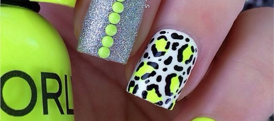 Tendencia en uñas color  neon