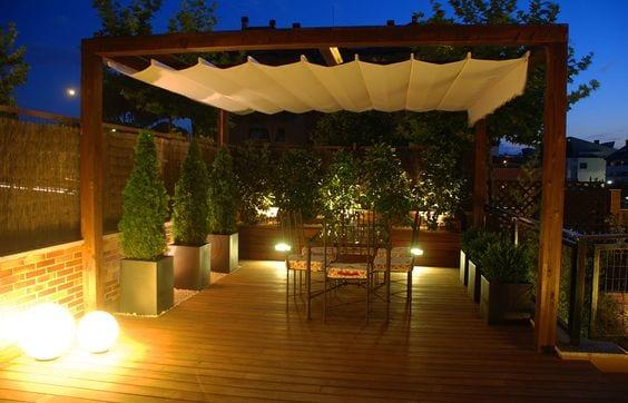 20 ideas para iluminar tu terraza 2 curso de for Iluminacion terraza