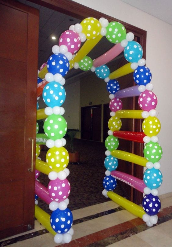 decoracion con globo para fiesta de lalaloopsy 14