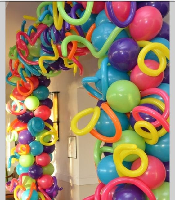 Decoracion con globo para fiesta de lalaloopsy 6 curso for Air filled balloon decoration ideas