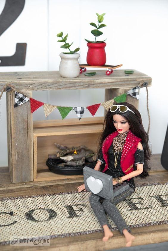 Diy muebles para barbie curso de organizacion del hogar for Muebles para barbie