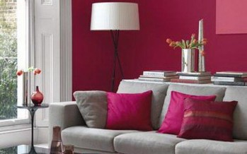 Ideas para decorar tu sala en fucsia