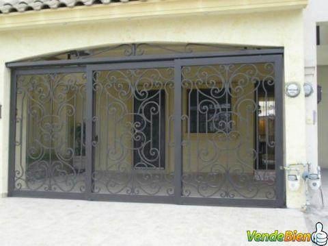 Puerta Accesorios Decorativos Metalicos