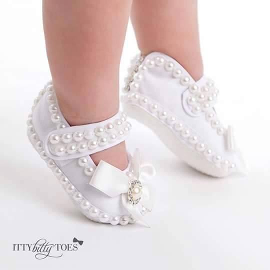 Ideas de vestidos y zapatos para ni a 20 curso de - Ideas para decorar zapatos de nina ...