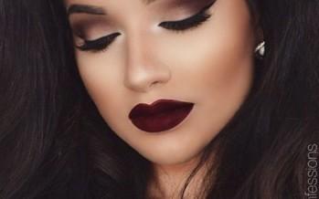 Makeup dark lips