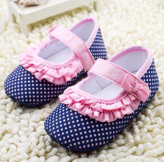 Zapatitos para bebe ni a curso de organizacion del hogar - Ideas para decorar zapatos de nina ...