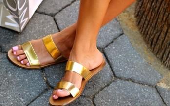 Zapatos con detalles metalicos