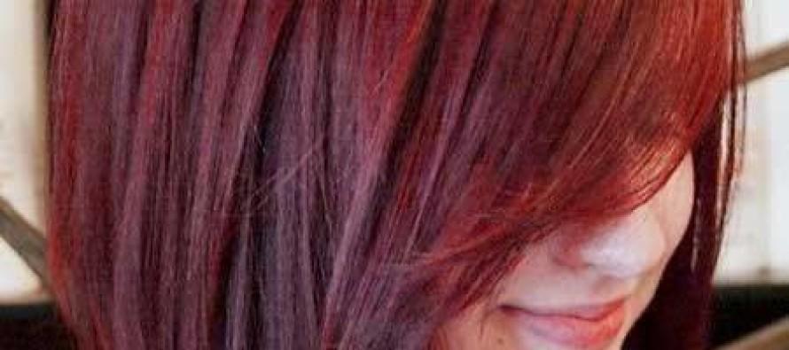 Cabello corto con diferentes tonos de rojo
