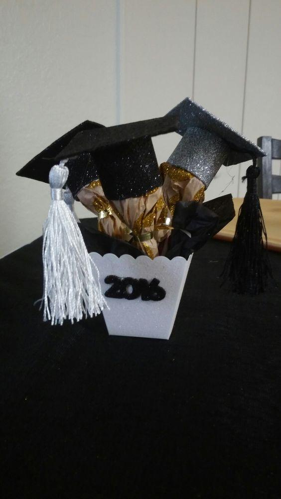 Centros de mesa para graduacion 23 curso de for Decoracion grado universidad