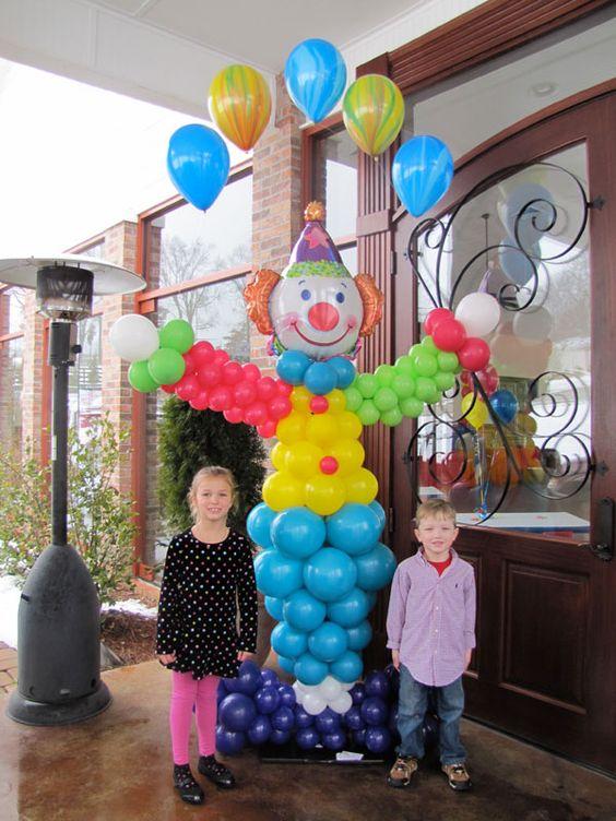 Decoracion de fiesta payasos con globos curso de for Decoracion para pared fiesta