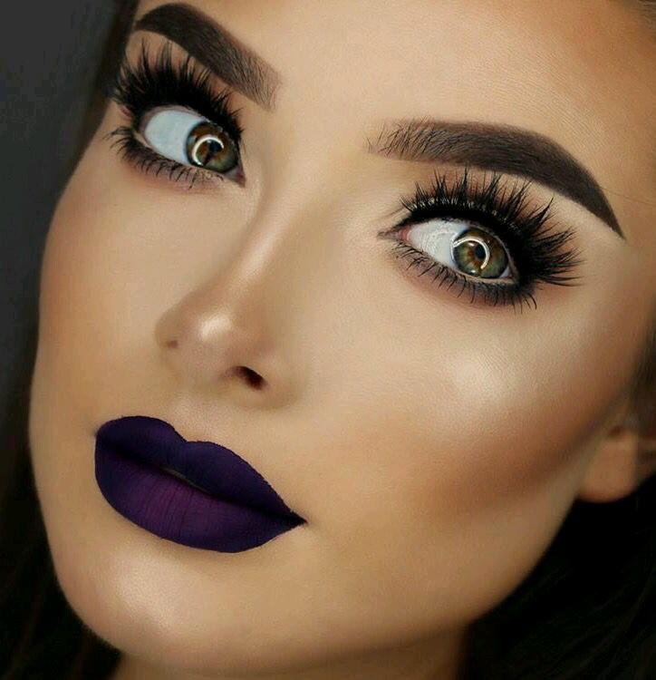 Maquillaje para labios en tonos morados 12 curso de for Labios mate paso a paso