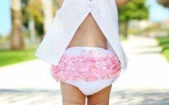 Outfits con olanes para niñas