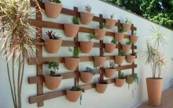 Plantas en panel de madera