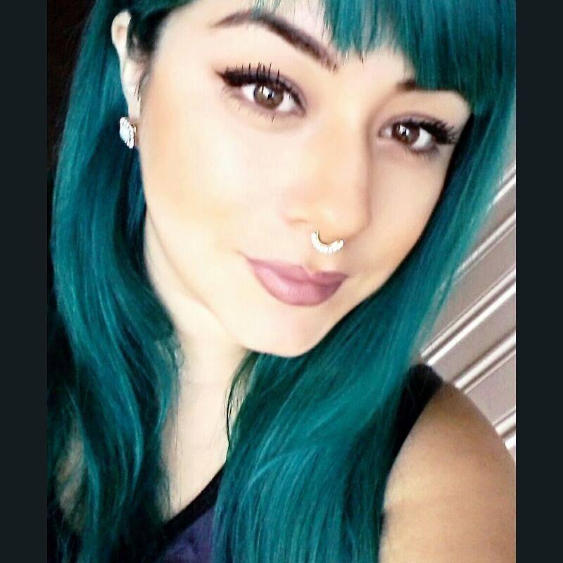 Tonos de cabello verde oscuro (11) - Curso de Organizacion del hogar ... 311bc386c51f