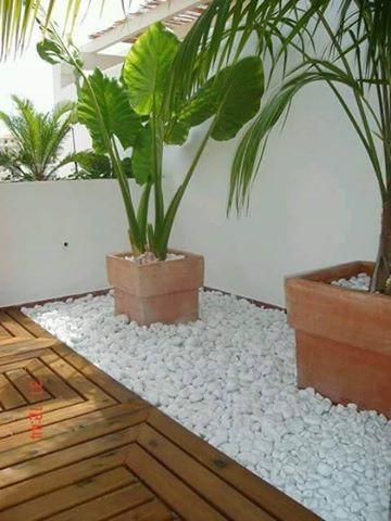 Agrega macetas a la entrada de tu casa 14 curso de for Macetas para interiores hogar