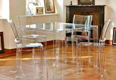 Como usar sillas de acrilico transparente en tu hogar 9 for Sillas de acrilico