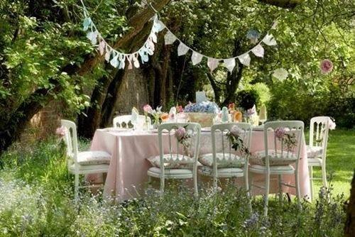 Decoracion de mesas para fiestas en jardin 13 curso de for Decoracion fiesta jardin noche