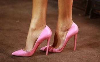 Complementa tus looks con zapatos rosa