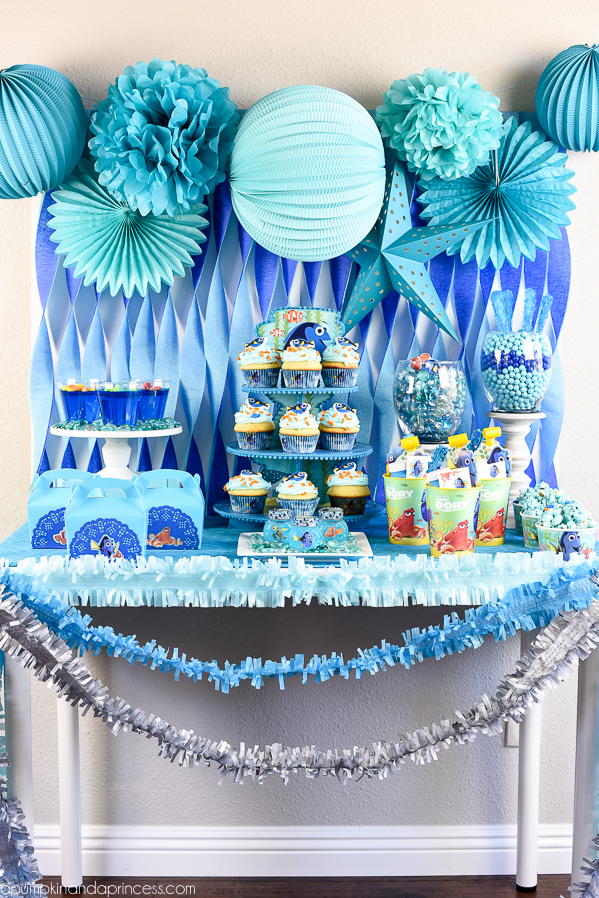 Ideas para decorar fiesta de cumplea os de buscando a dory for Busco cuadros para decorar