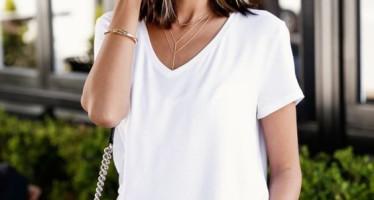 Outfits basicos con blusas blancas
