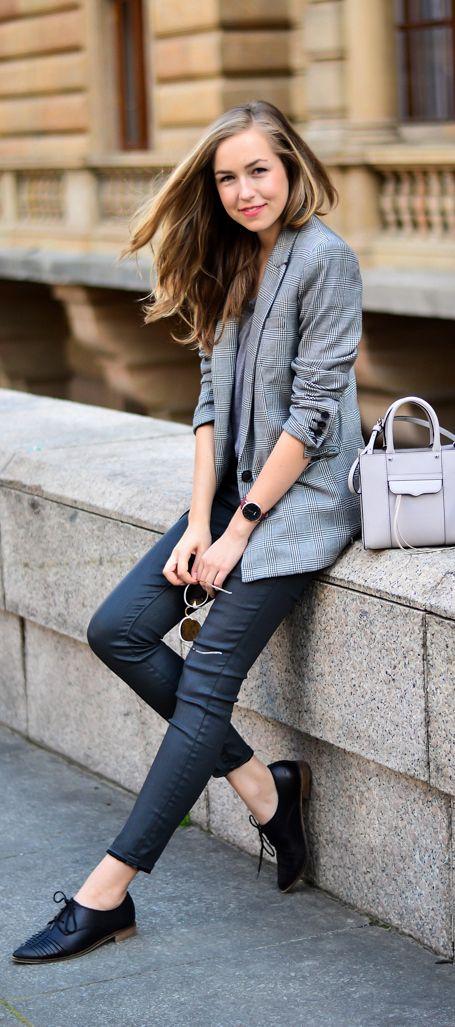 Outfit Blazer Gris