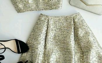 Outfits de dos piezas con crop tops  ideal para eventos al aire libre