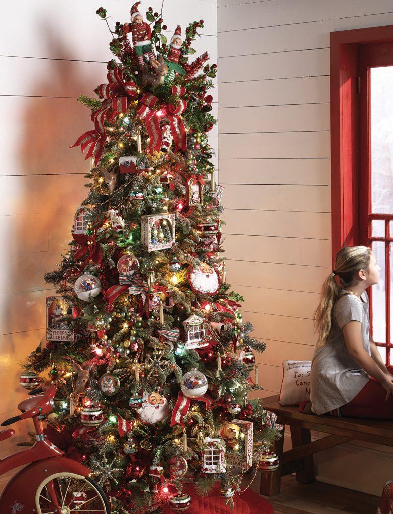 Tendencias para decorar tu arbol de navidad 2017- 2018 con santas