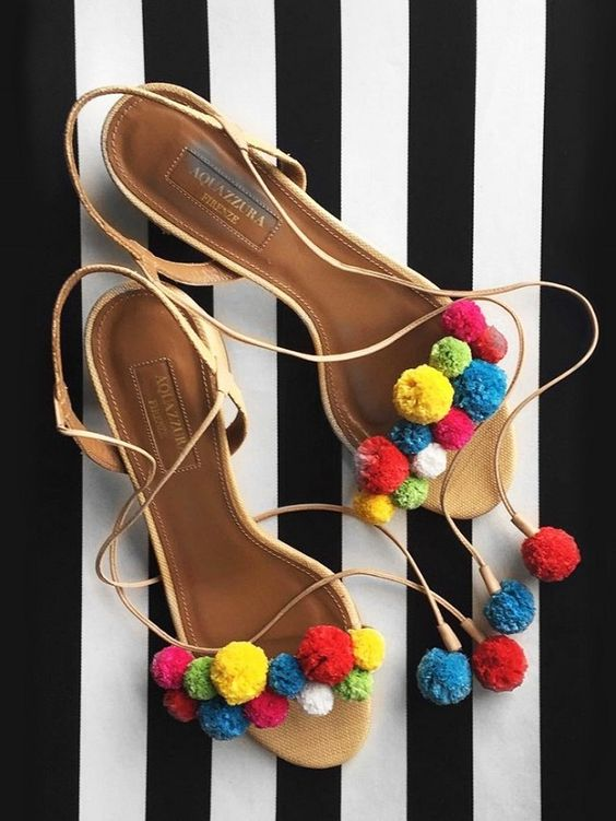 Zapatillas con pompones tendencia 2016 23 curso de - Pompones para zapatillas ...