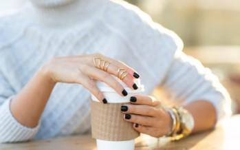 Tendencia en uñas para otoño – uñas negras
