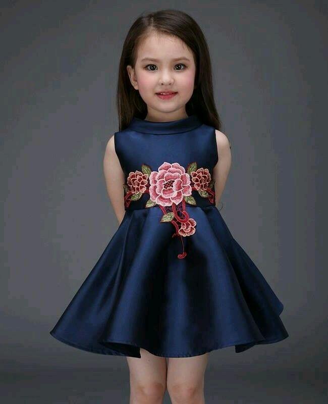 Vestidos Floreados Para Niñas De Moda Este Verano Curso