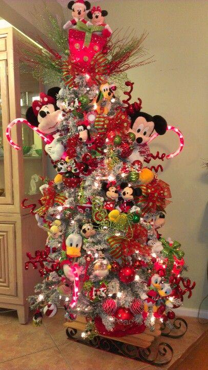 Decoraciones muy originales de pinos navidenos 2016 29 for Decoracion de hogar 2016