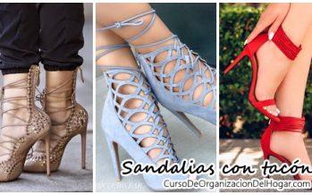 Hermosas sandalias con tacón