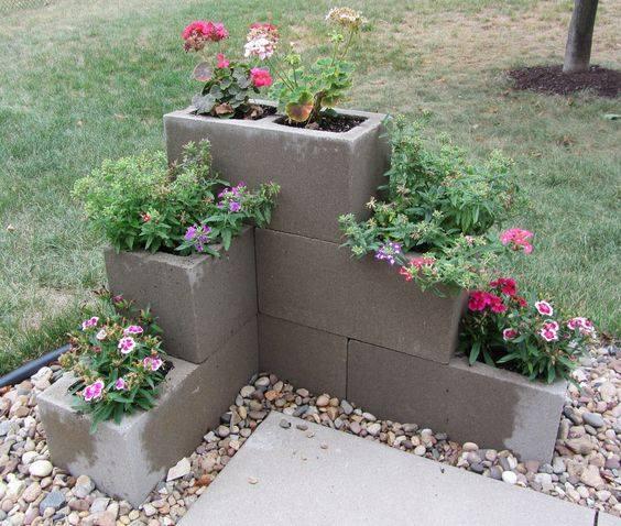 Maceteros-con-bloques-de-cemento-5