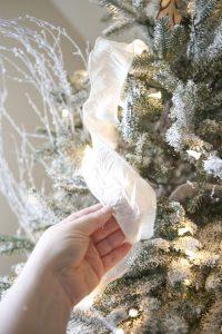 como-decorar-un-arbol-de-navidad-paso-a-paso-6
