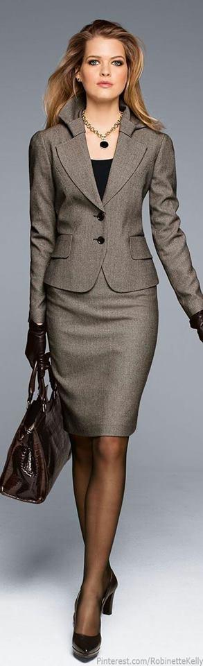 Trajes formales y elegantes para mujeres maduras (45) - Curso de ... 6a01addf2fa