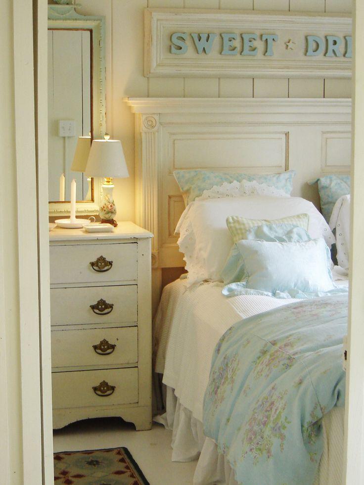 Ideas para decorar tu cama con cojines 27 curso de - Decorar cama con cojines ...