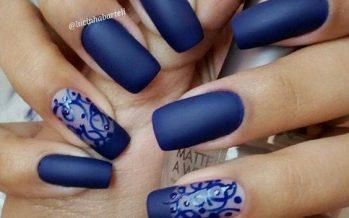 Diseños de uñas color azul