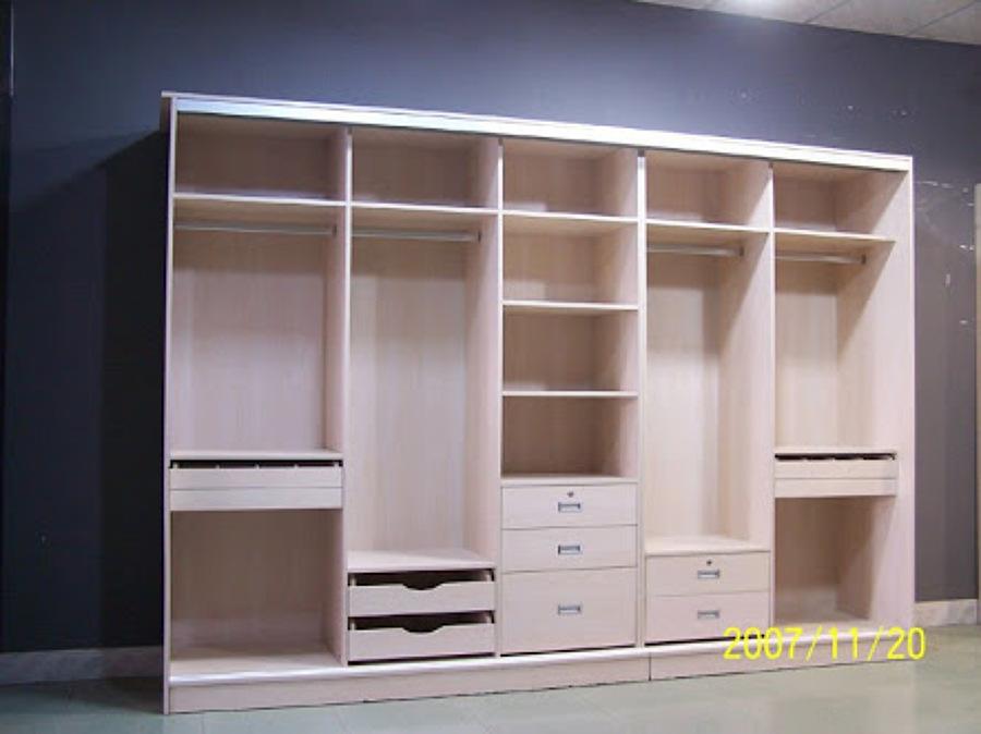 19 ideas de closets de madera para que te los haga el for Closets modernos bogota