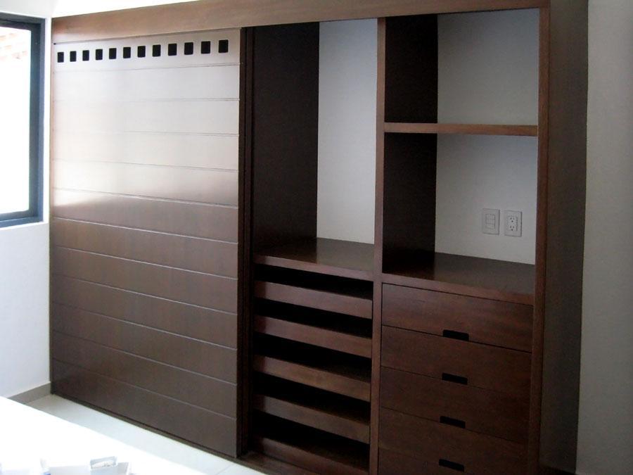 19 ideas de closets de madera para que te los haga el for Closets de madera modernos economicos
