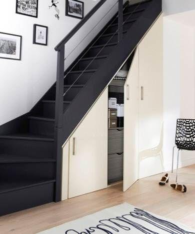 21 escaleras compactas y perfectas para casas peque as for Escaleras bonitas para interiores