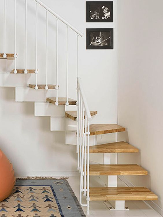 21 Escaleras Compactas Y Perfectas Para Casas Peque As Curso De Organizacion Del Hogar Y